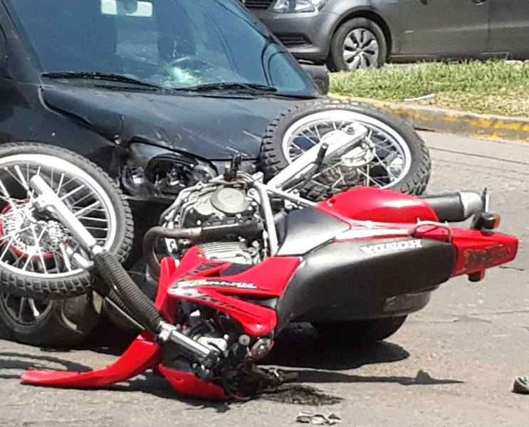 accidente-moto-auto