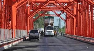 puente carretero-arreglo